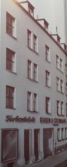 Farben Köln Eigen und Steingass Parkett Laminat Teppich Köln Baumarkt Ökofarbe